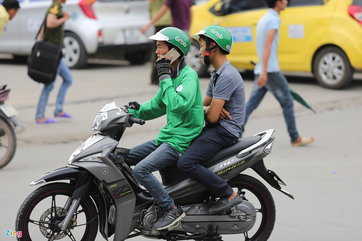 How Grab Became No.1 of the Ridehailing Market in Vietnam